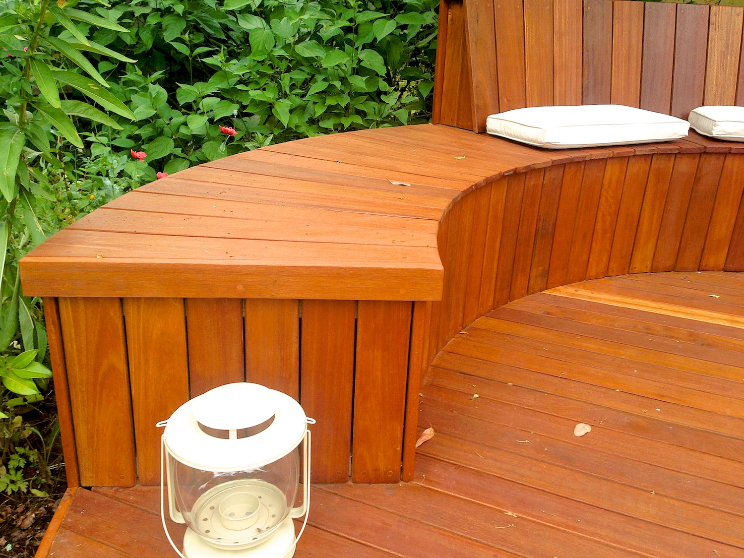 Decking designs uk landscaping u assured building ltd for Timber decking calculator