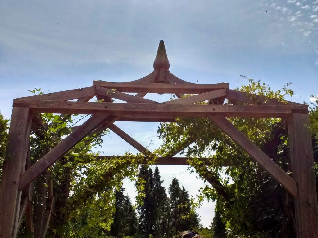 Bespoke Oak Pergola, Exbury Centenary Garden